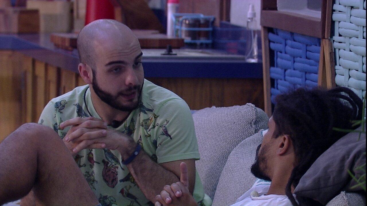 Mahmoud conversa com Viegas: 'Não vim aqui para ser vítima'