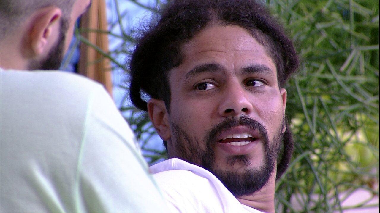 Viegas fala de Breno com Mahmoud: 'Sinto ele muito mais próximo de você'