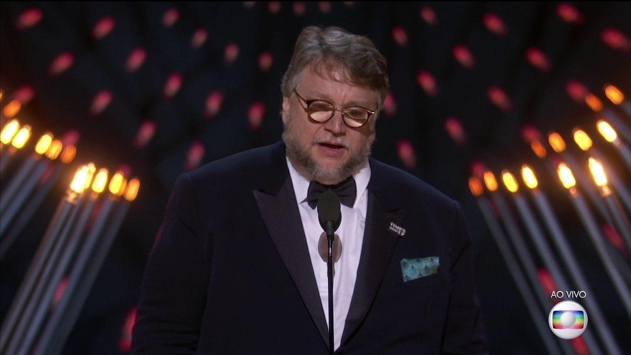 Guillermo Del Toro ganha Oscar de Melhor Diretor
