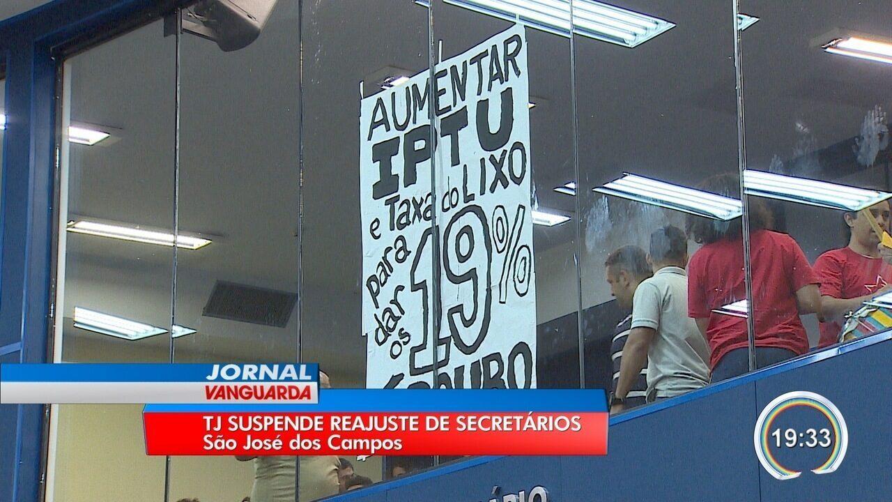Justiça suspende reajuste de secretários da prefeitura de São José