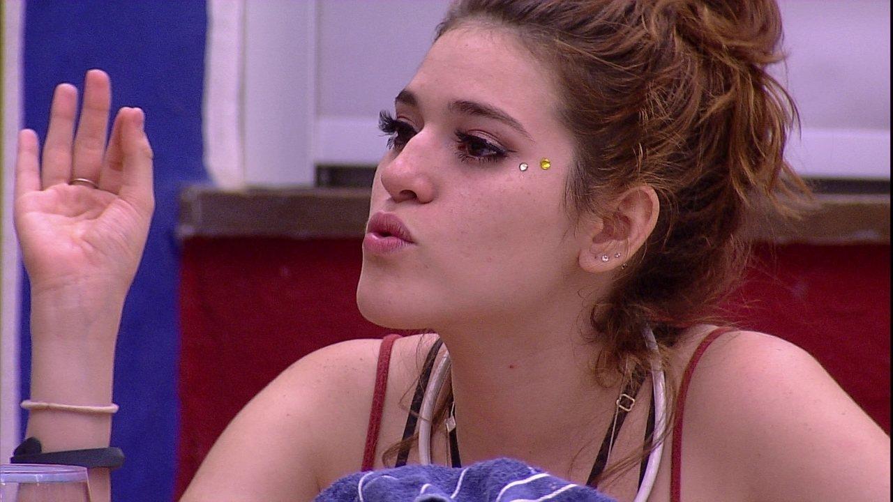 Ana Clara explica irritação: 'Caruso está me estressando'