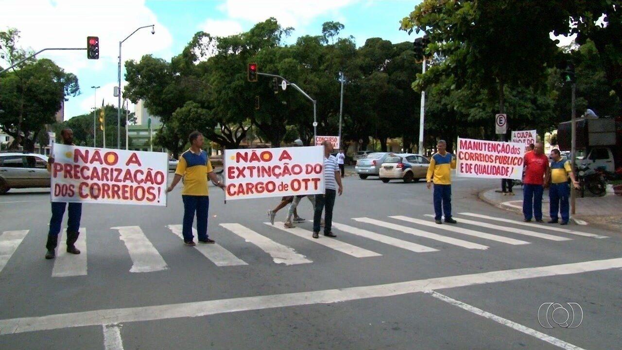 Funcionários dos Correios entram em greve em Goiás por tempo indeterminado