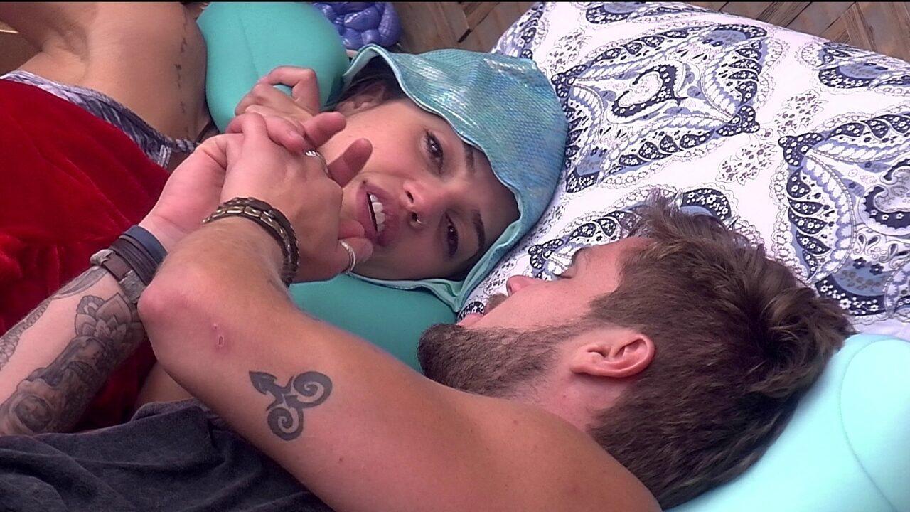 Paula confessa que não conversou com Ana Clara sobre romance com Breno