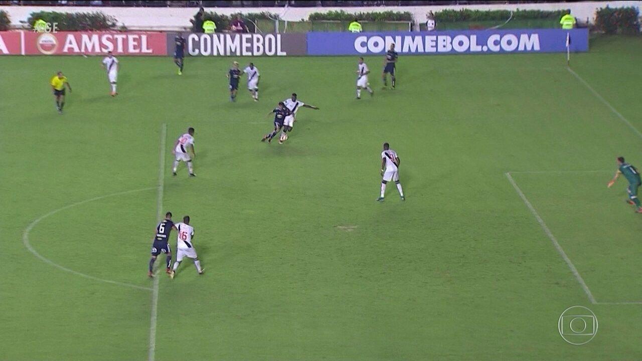 Vasco perde em casa na estreia na fase de grupos da Taça Libertadores da América