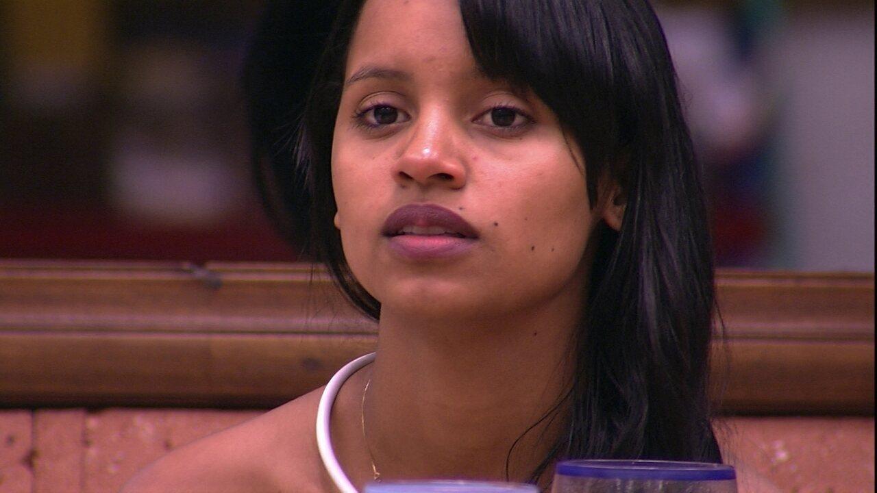 Gleici fala para Ana Clara que não vota em Caruso e sister diz: 'Eu também não'