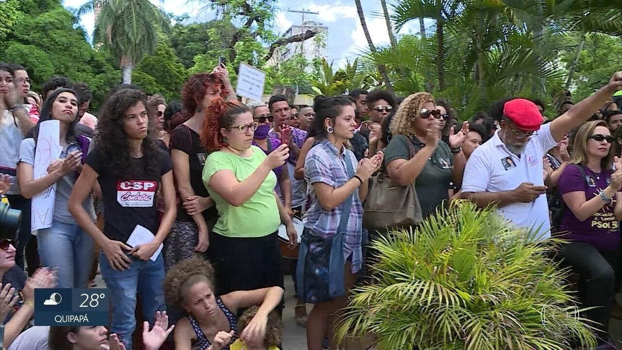 Ato no Recife homenageia  vereadora Marielle Franco e arquiteta assassinada em Olinda