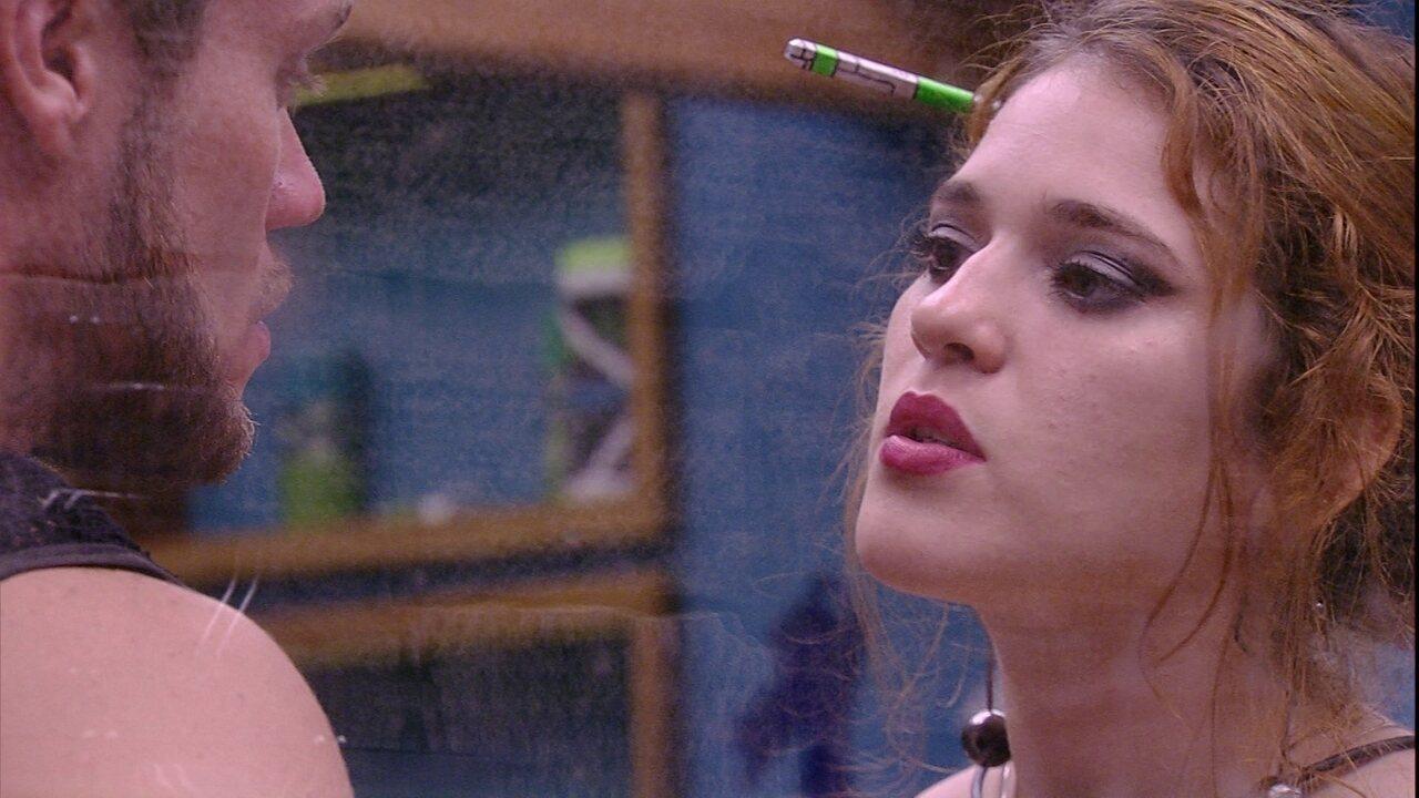 Ana Clara aponta: 'A Paula é minha amiga'