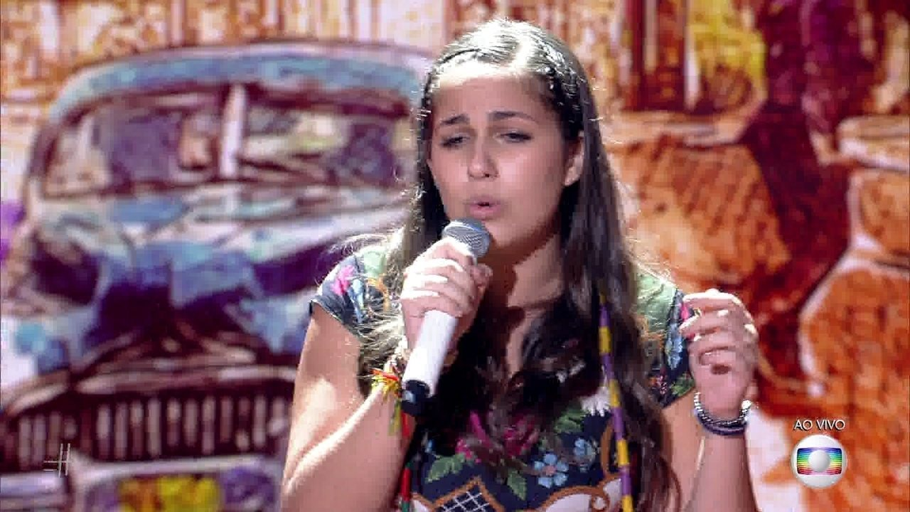 Livia Bernarde canta 'Havana' e impressiona os técnicos