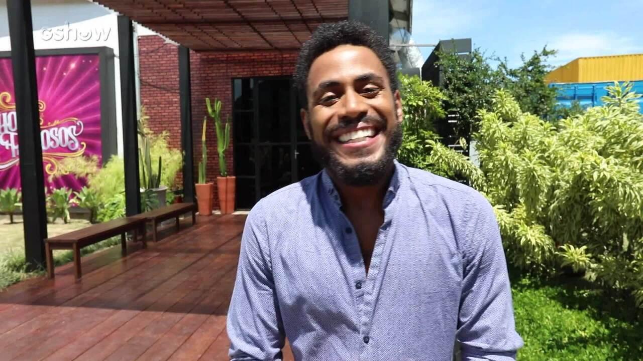 Ícaro Silva visita casa do Show dos Famosos