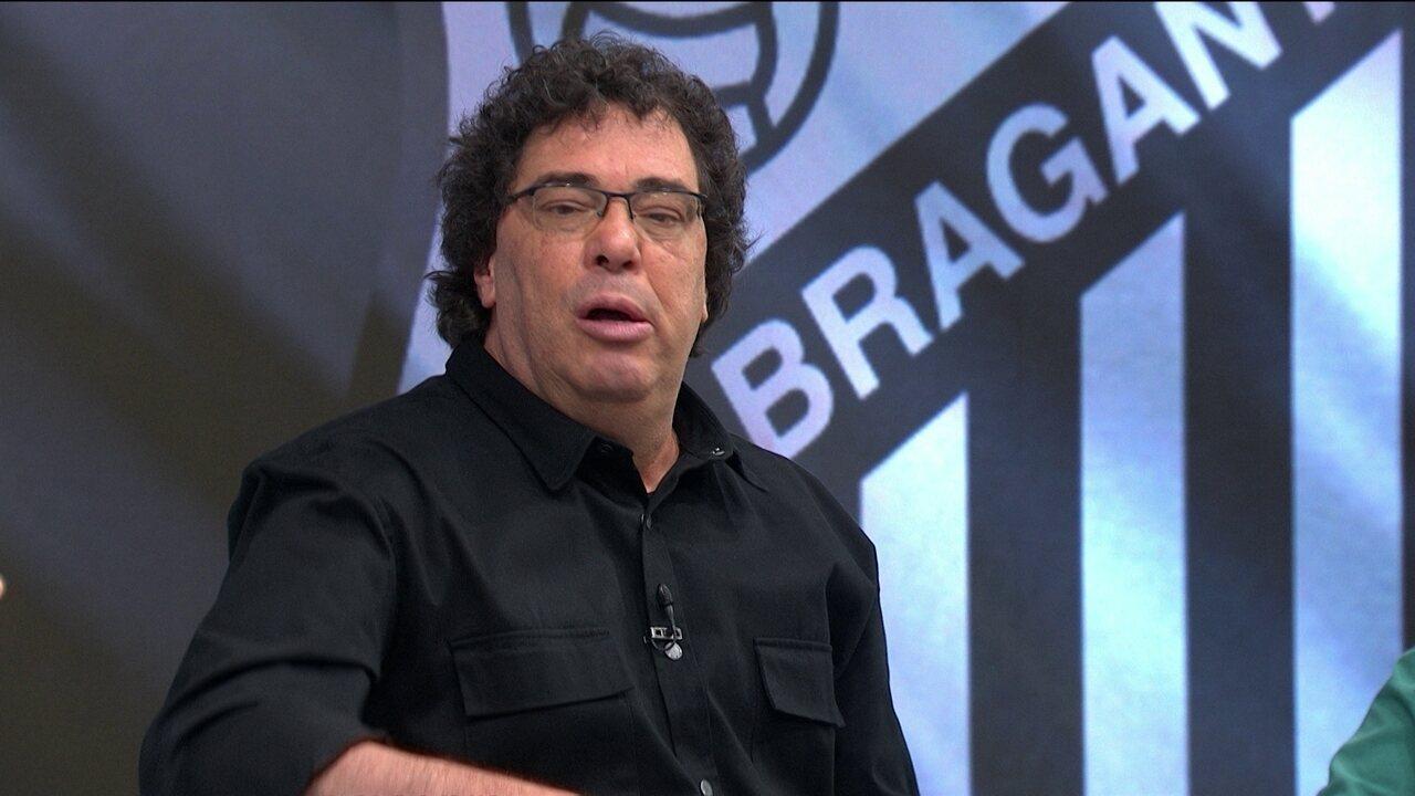 Casagrande diz que o Corinthians precisa de um centroavante de área