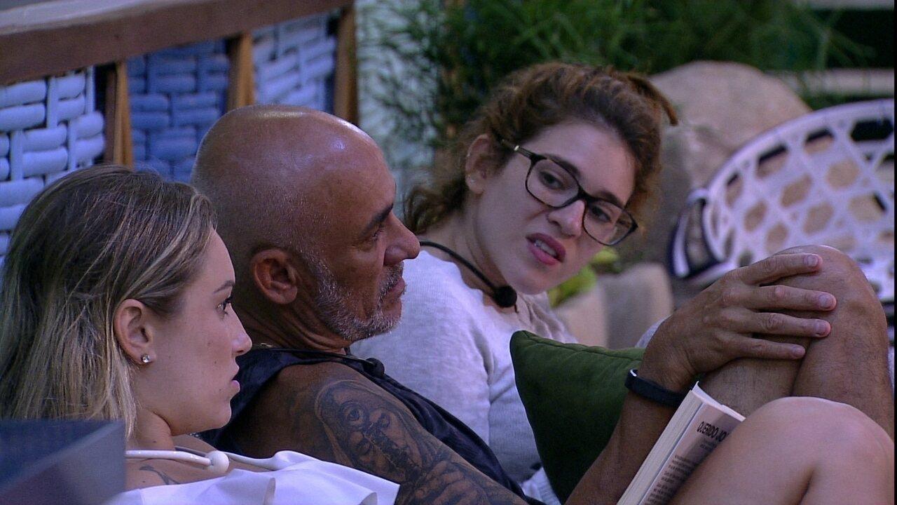 Jéssica osberva Paula na Prova do Anjo Cupido BBB: 'Foi assim que escorregou o meu'