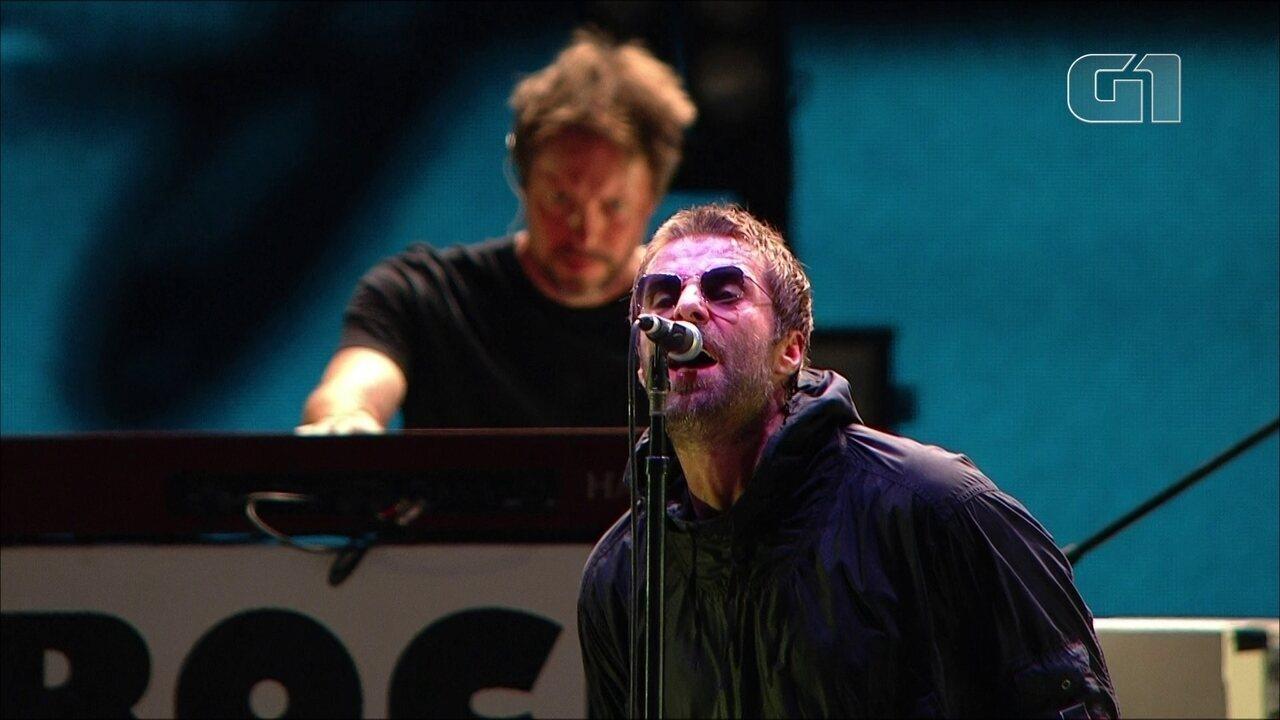 "Liam Gallagher canta ""Supersonic"" no palco Budweiser, no 3º dia de Lollapalooza"