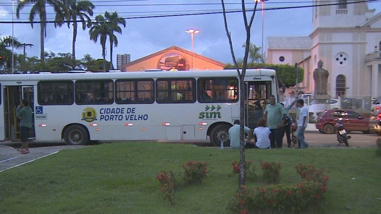 Greve de rodoviários deixa moradores de Porto Velho sem transporte público