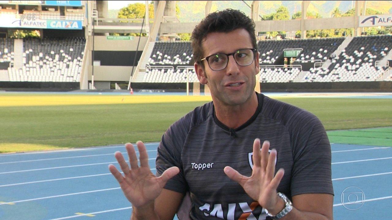 Com quase 10 anos na Itália, técnico do Botafogo traz do Velho Continente estilo de jogo