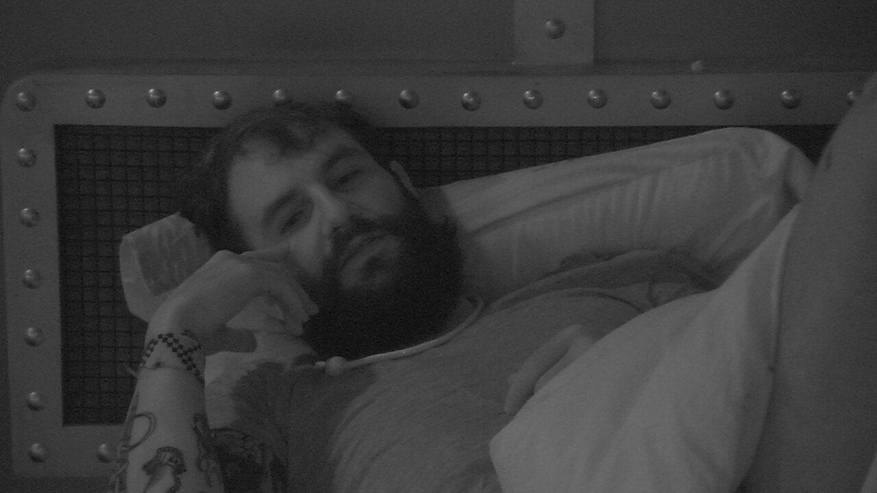 Wagner detona Jéssica e Kaysar: 'Muito ridículo os dois abraçadinhos na cama'