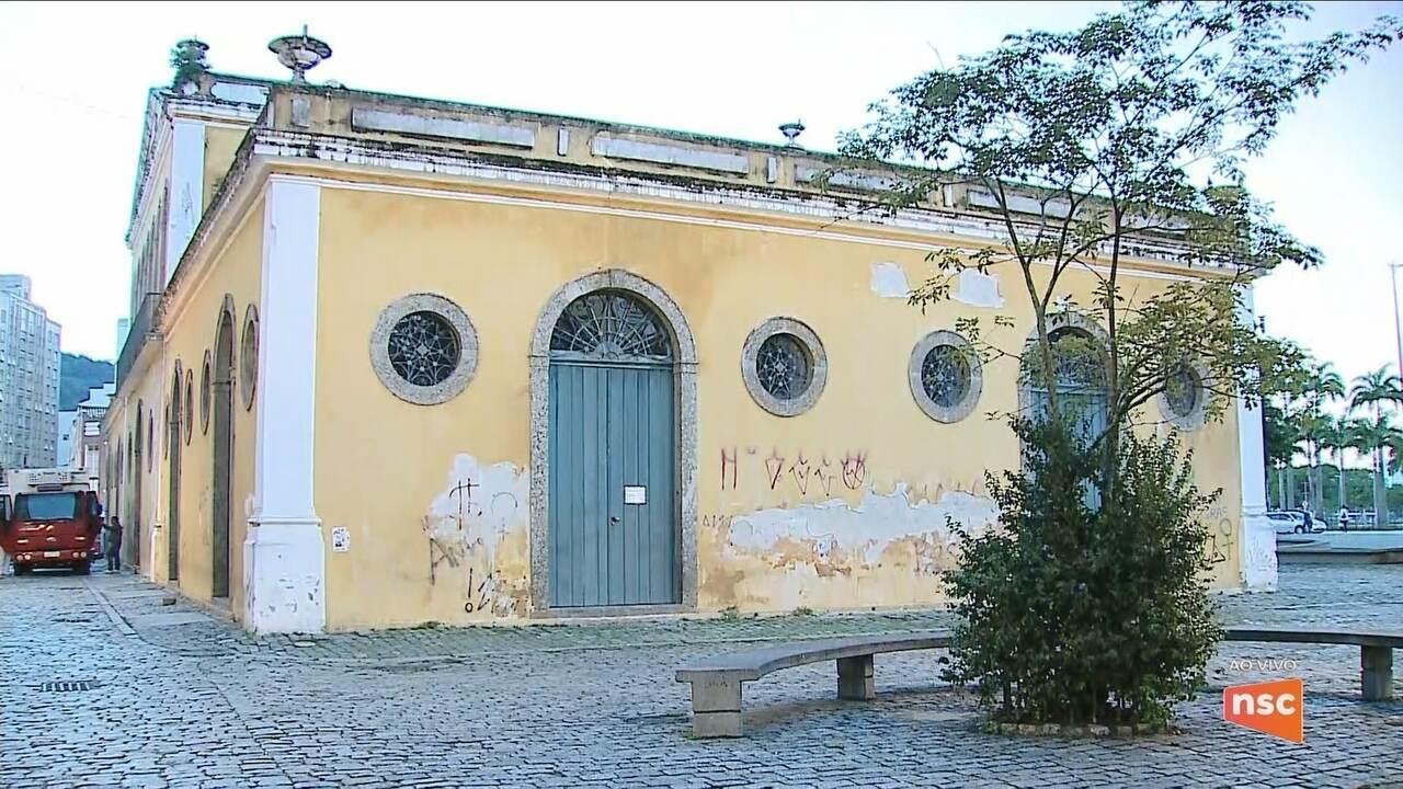 Casa da Alfândega passa por reformas e deve reabrir nesta sexta-feira (6)