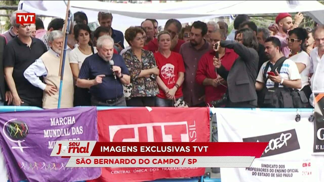 Lula discursa no Sindicato dos Metalúrgicos do ABC