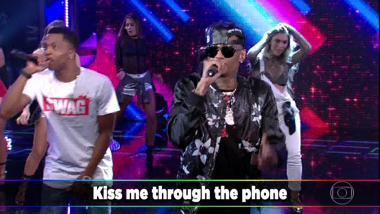"Soulja Boy canta ""Kiss Me Thru The Phone"""