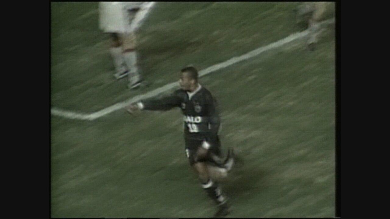 Atlético-MG vence o San Lorenzo, por 4 a 3, na Argentina, pela Mercosul de 2000