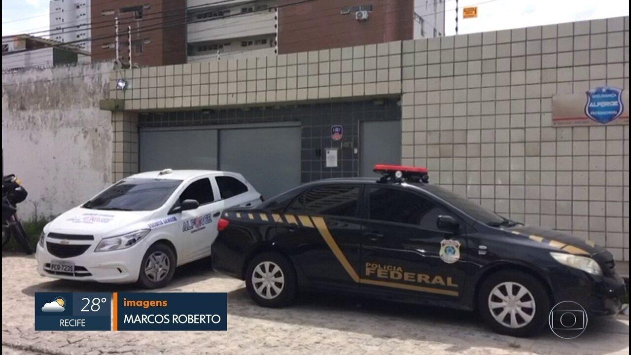 Tenente-coronel da PM é detido durante operação da Polícia Federal no Recife