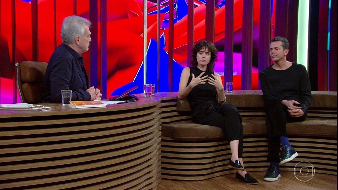 Carolina Jabor fala sobre disseminação da intolerância pelas redes sociais