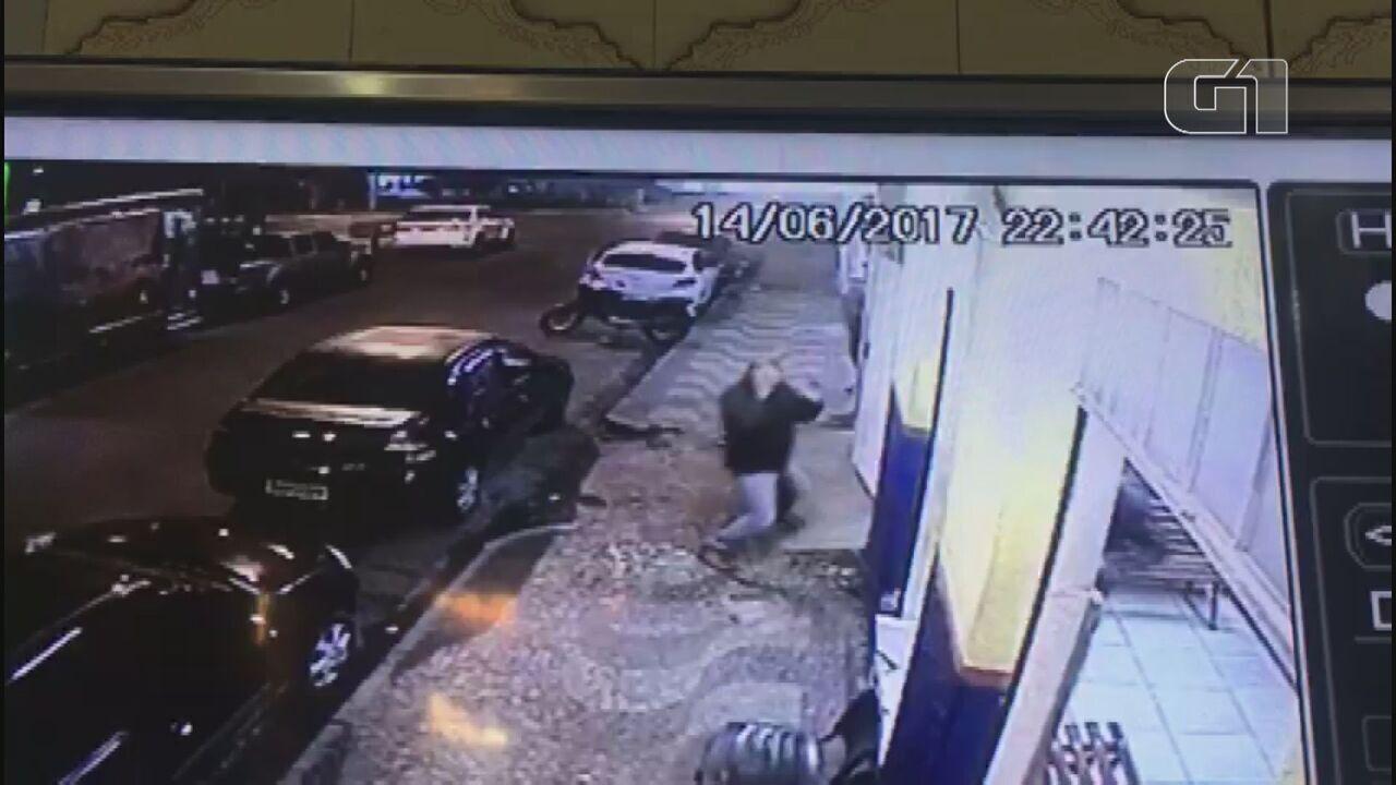 Ex-policial que atirou em mototaxista é julgado em Porto Ferreira, SP