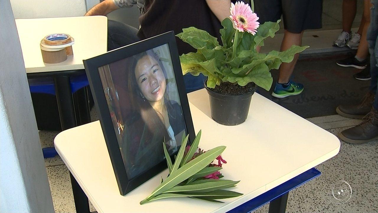 Jovem morta por estudante de medicina é enterrada em Sorocaba