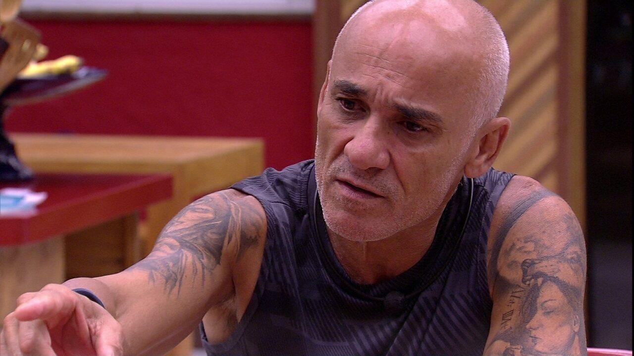 Ayrton lamenta voto que Paula deu na família Lima