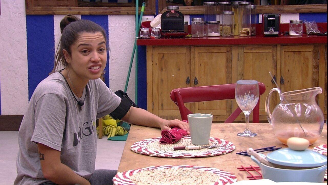 Paula analisa postura de Kaysar durante a Prova de Imunidade: 'Vale blefar no jogo'