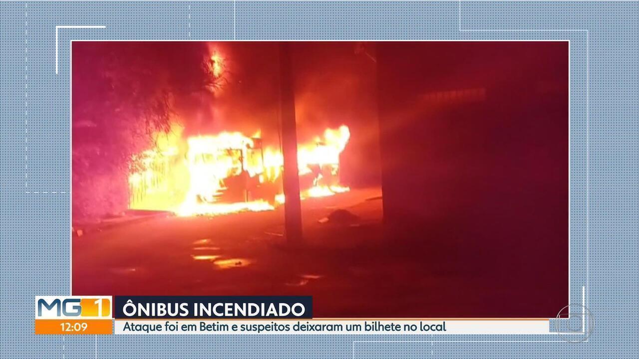 Önibus é incendiado em Betim, na Região Metropolitana de Belo Horizonte