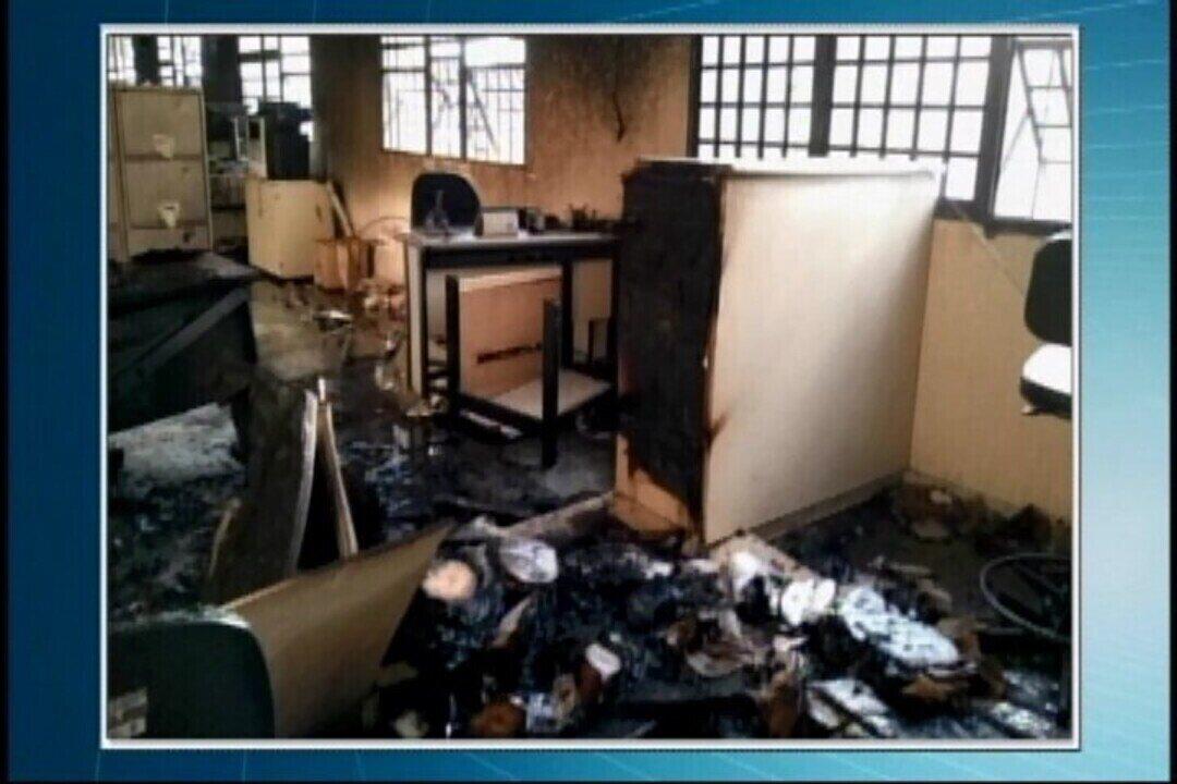 rédio da Justiça do Trabalho é incendiado em Pará de Minas