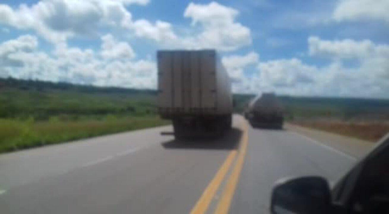 Vídeo mostra ultrapassagem perigosa feita por caminhoneiro na BR-101, em Alagoas