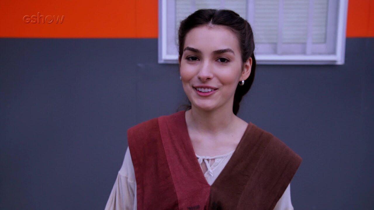 Marina Moschen fala sobre ajuda de Selena a Afonso e Amália em 'Deus Salve o Rei'