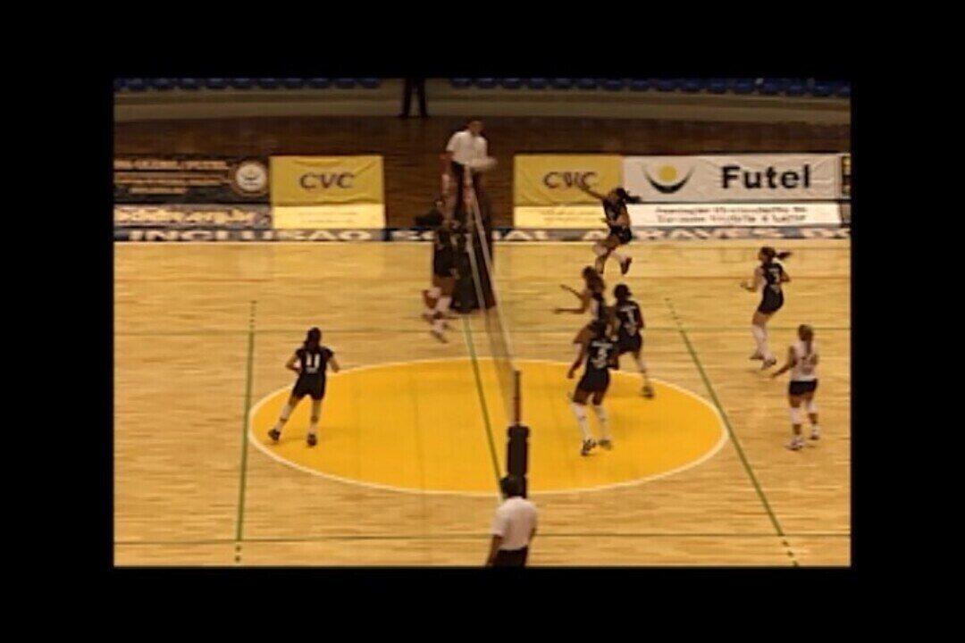 Lembra? Praia Clube e Rio de Janeiro se enfrentaram no Sabiazinho na Superliga 2008/09