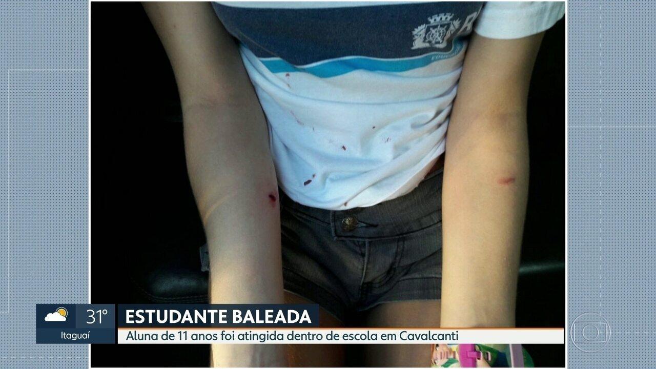 Estudante de 11 anos é baleada dentro de escola