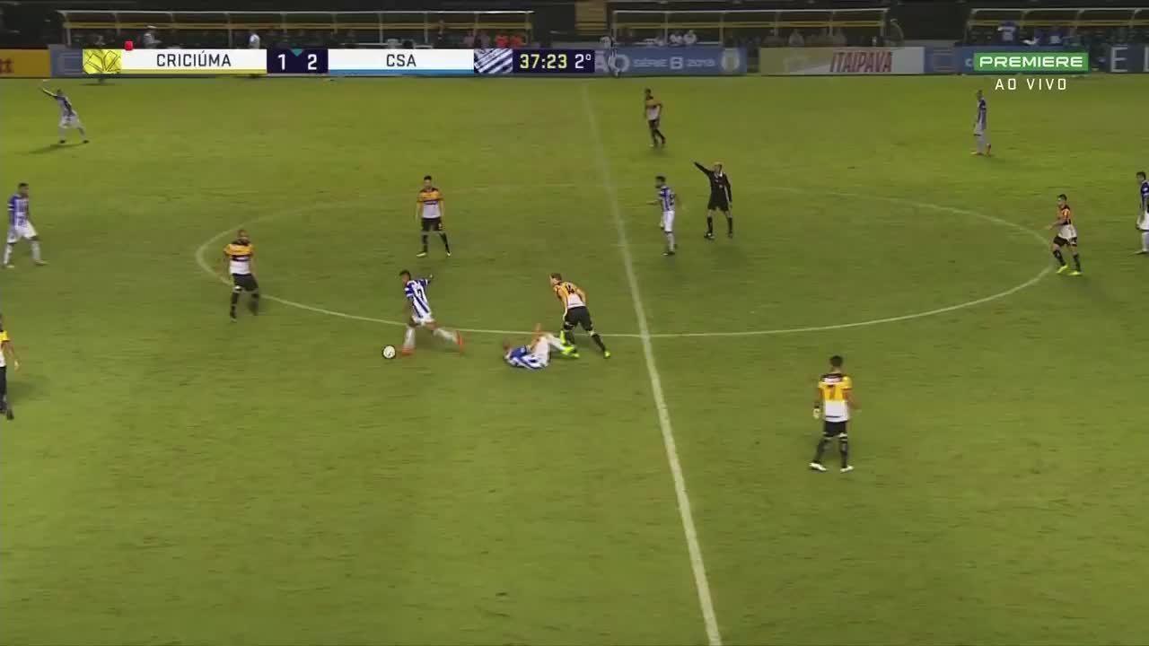 Didira fez um belo gol contra o Criciúma