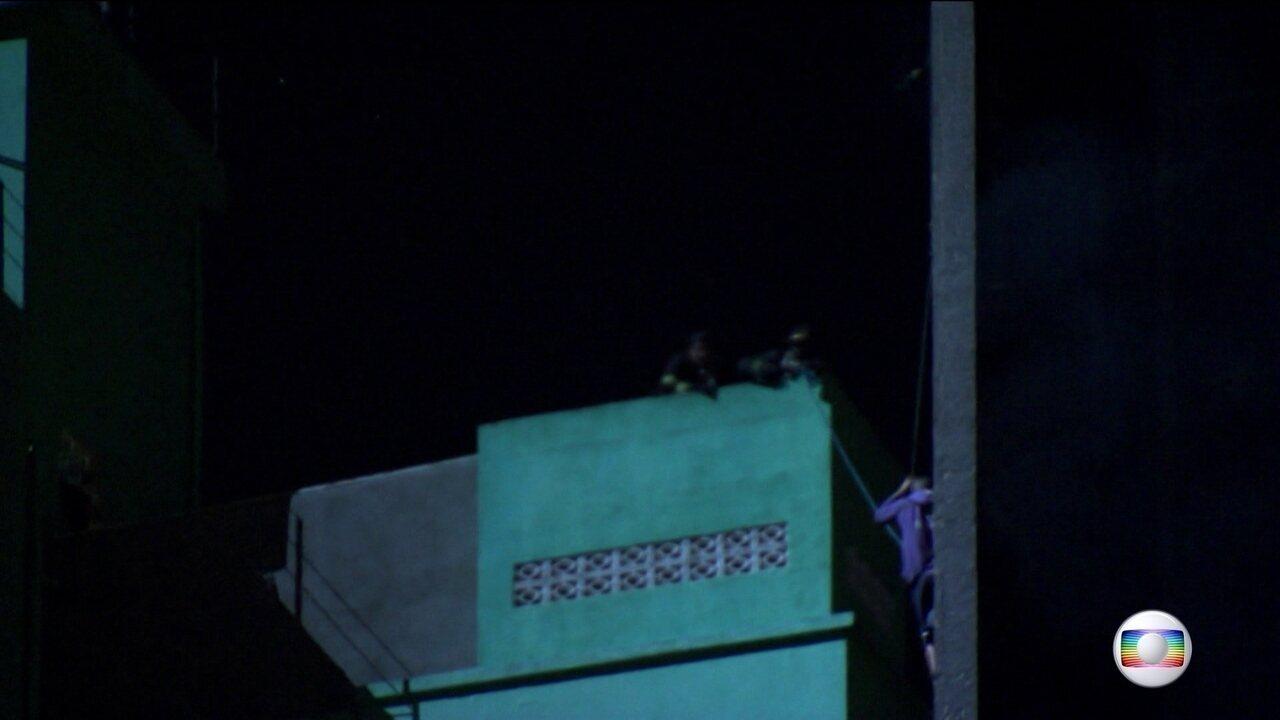 Bombeiro conta que com mais 30 segundos daria para salvar morador