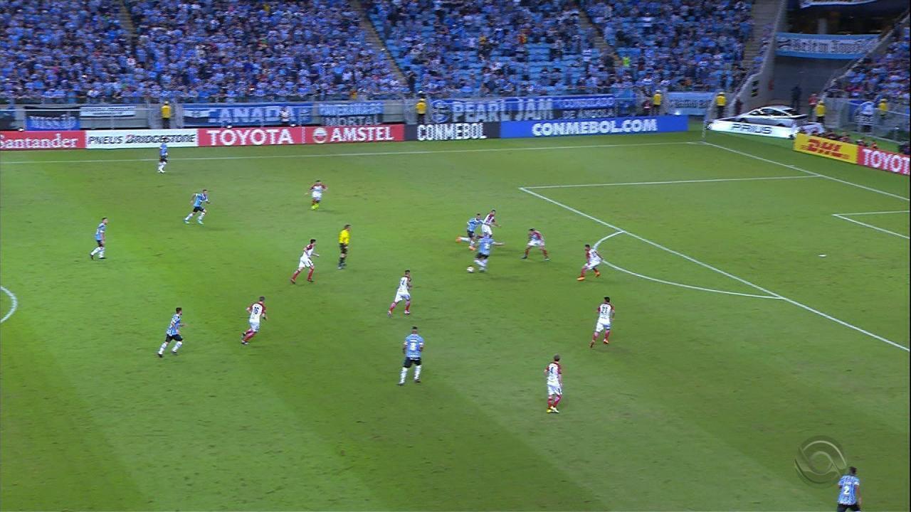 Em noite de Libertadores, Grêmio goleia o Cerro Porteño por 5 a 0