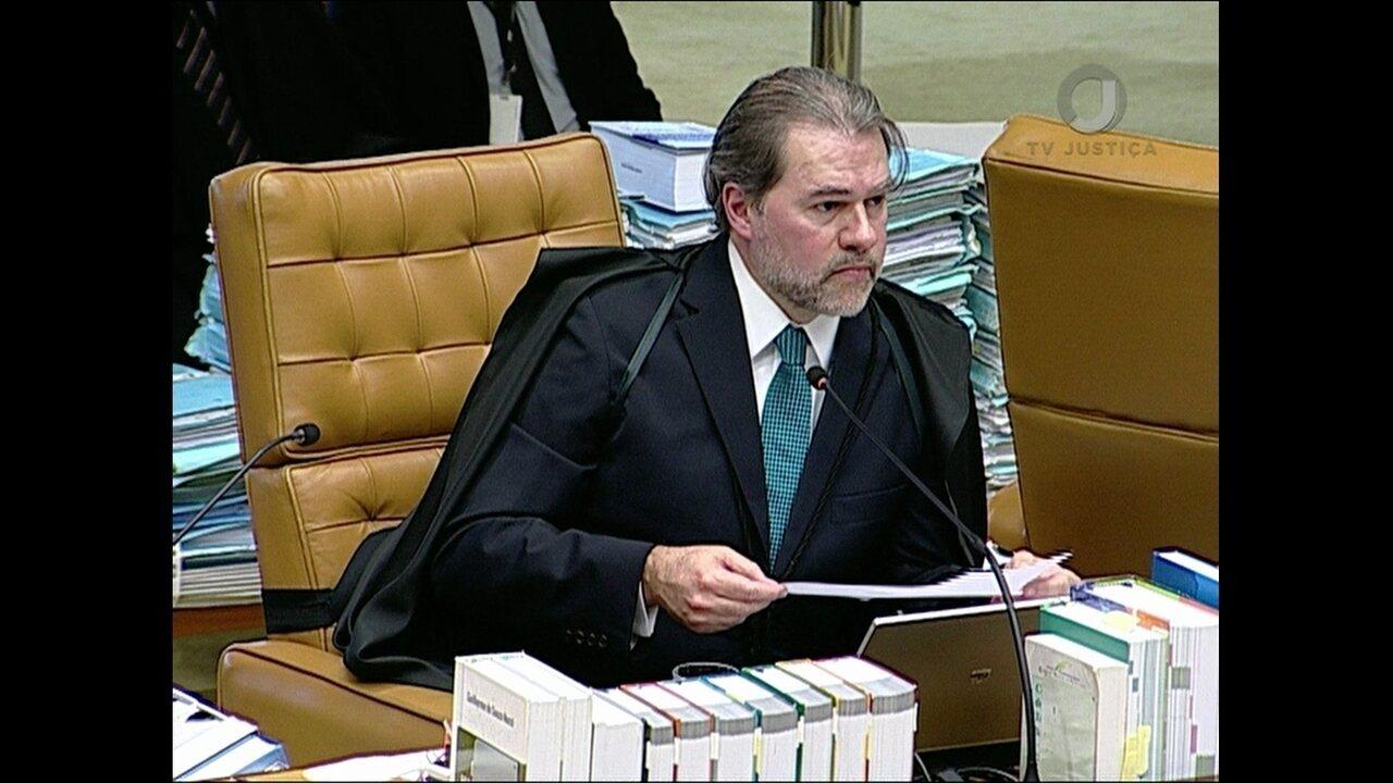 Dez ministros do STF votam por restringir foro privilegiado