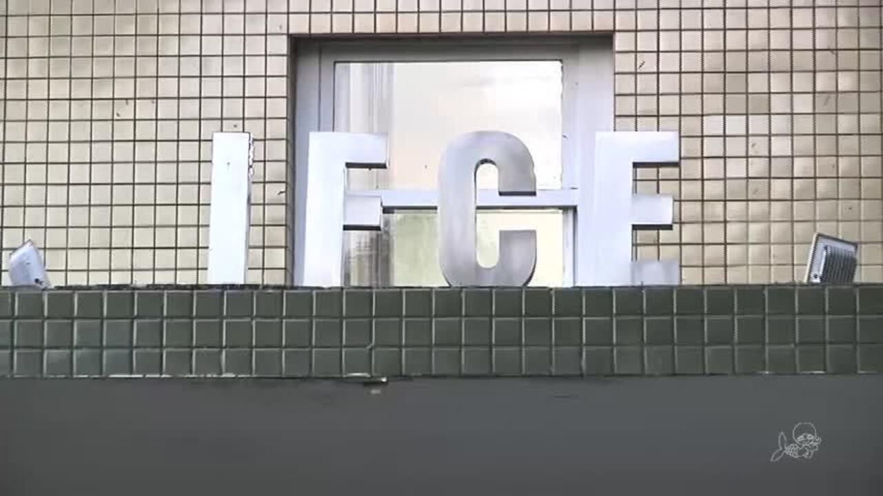 Alunos sofrem intoxicação com cloro em piscina em escola de Fortaleza