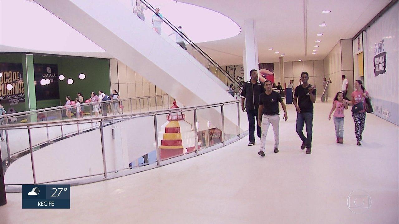 Shopping inaugura e gera milhares de empregos em Camaragibe f457843367e0d