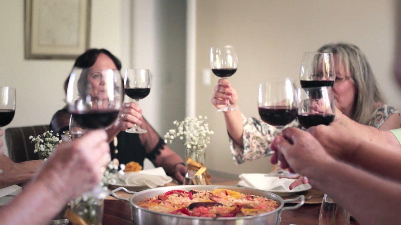 Na estreia de 'Cozinha e Afeto', uma família que preserva a tradição espanhola com sabor