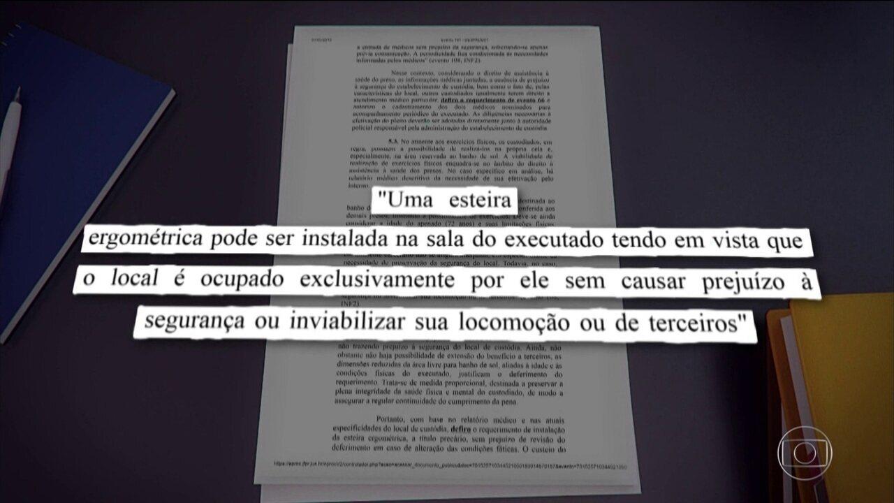 Lula queria um frigobar em sua cela, mas foi negado pela juíza