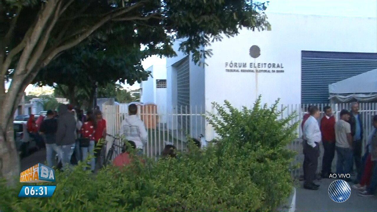 Último dia da biometria: eleitores encaram filas em Conquista