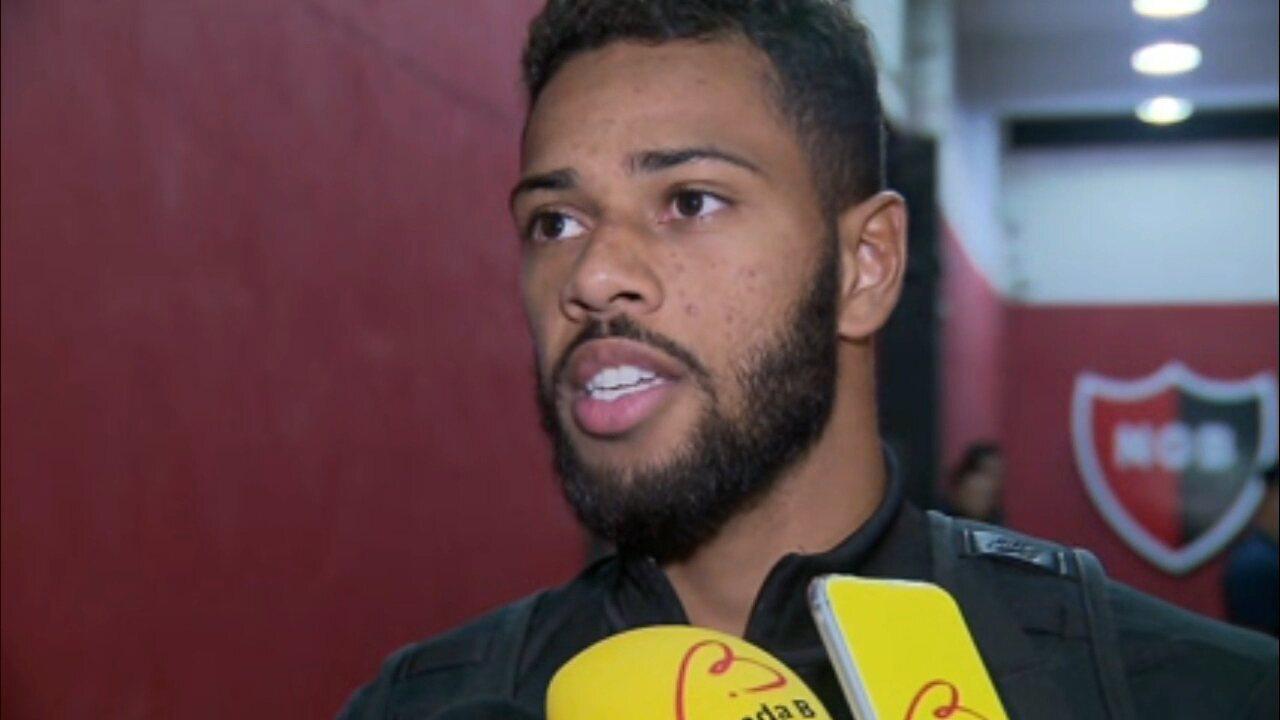 Renan Lodi, do Atlético-PR: