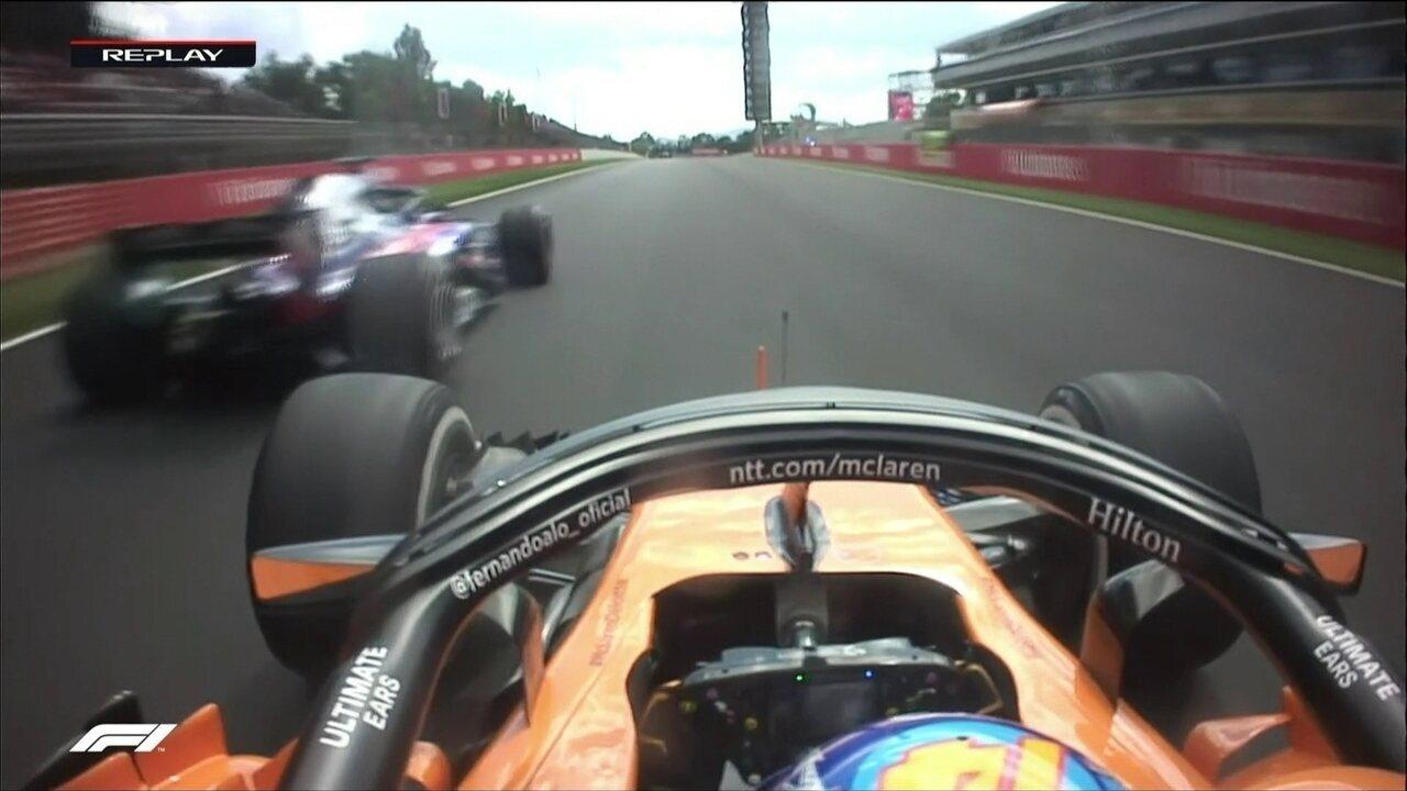 Alonso faz bela ultrapassagem e garotinho vibra nos boxes