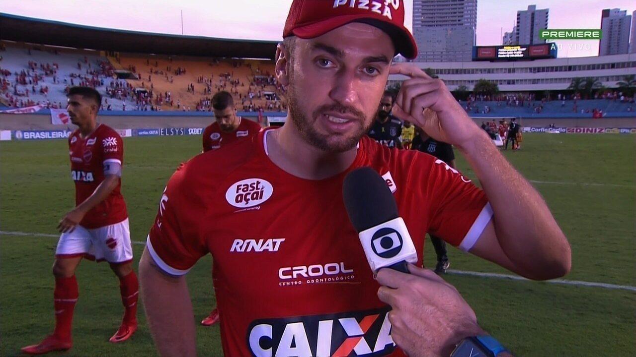 Elias comenta resultado do Vila contra a Ponte