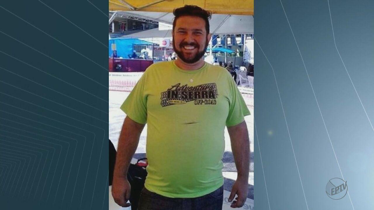 Corpo de vendedor assassinado a tiros por policial militar é enterrado em Porto Ferreira