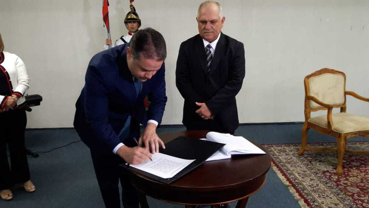 Presidente do TJ, Otávio Leão Praxedes assume governo de AL durante licença de Renan Filho