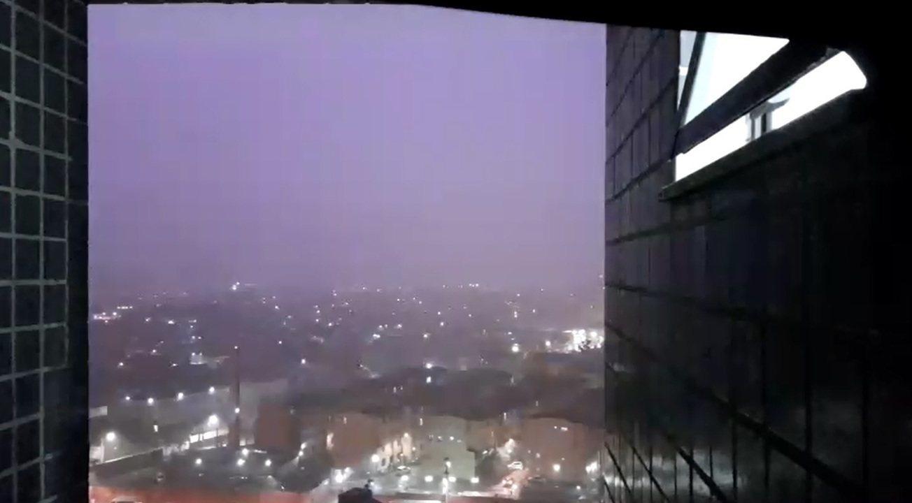 Inment alerta para risco por conta dos raios durante a chuva